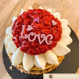 ❤️ Merci pour vos jolies photos ! En voici un petit florilège ! 📷  #aupetitprince #auray #baud #carnac #belz #pluvigner #relaisdesserts #stvalentin #saintvalentin #love #amour #chocolat #gourmandise #greedy #yummy #miam #epv #collegeculinairedefrance #artisan #bretagne #morbihan